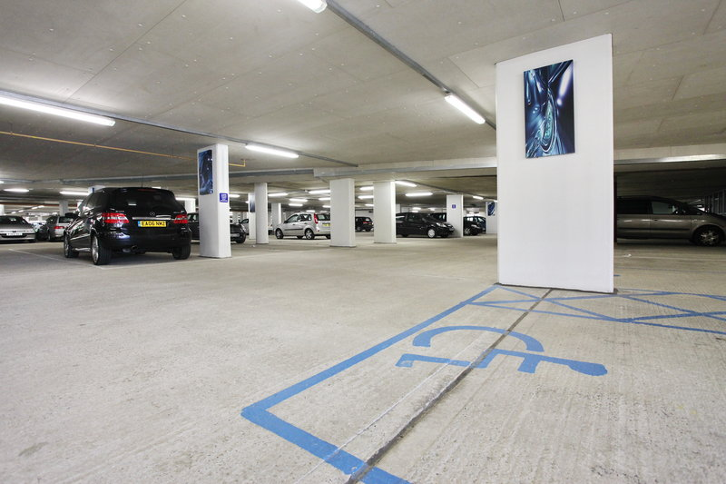 Holiday Inn Reading - M4, Jct. 10-Complimentary Secure Underground Parking for Hotel Guests<br/>Image from Leonardo