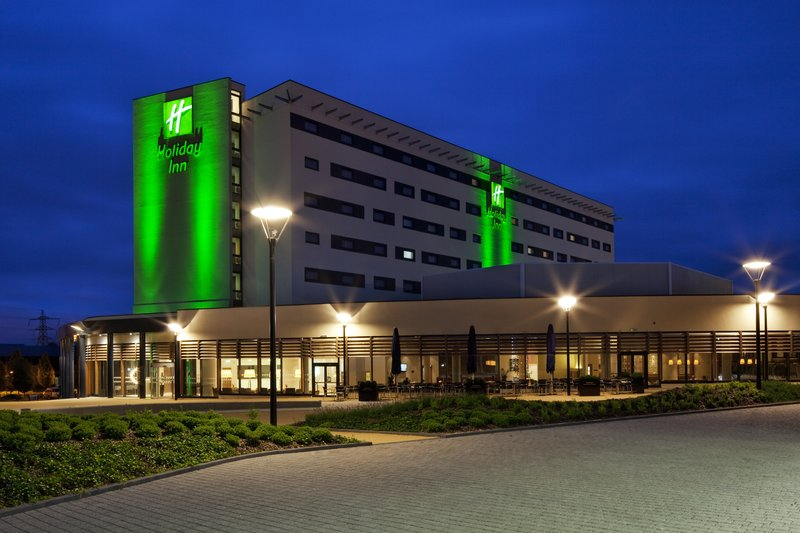 Holiday Inn Reading - M4, Jct. 10-Hotel Exterior & Outdoor Terrace at Holiday Inn Reading - M4, Jct.<br/>Image from Leonardo