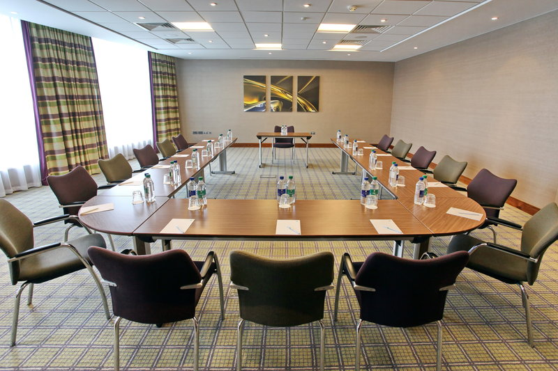 Holiday Inn Reading - M4, Jct. 10-Boardroom Style<br/>Image from Leonardo