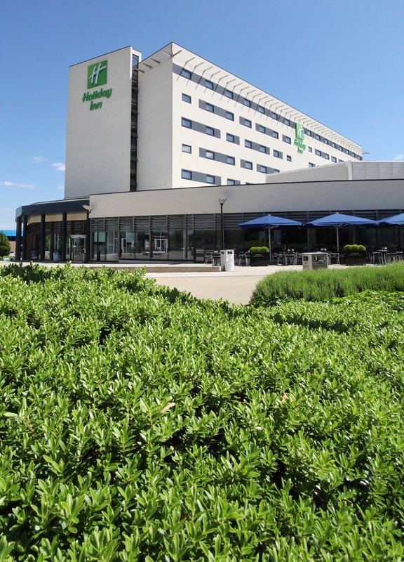 Holiday Inn Reading - M4, Jct. 10-Holiday Inn Reading M4 Jct10 Exterior<br/>Image from Leonardo