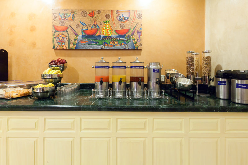 Holiday Inn Express Oaxaca-Centro Historico-Browse our well-stocked Breakfast Buffet<br/>Image from Leonardo