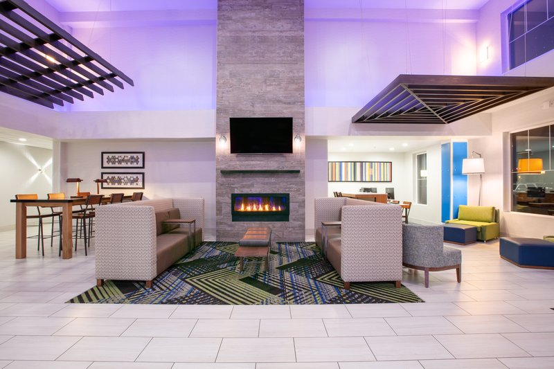 Holiday Inn Express & Suites Seaside - Convention Center-Hotel Lobby <br/>Image from Leonardo