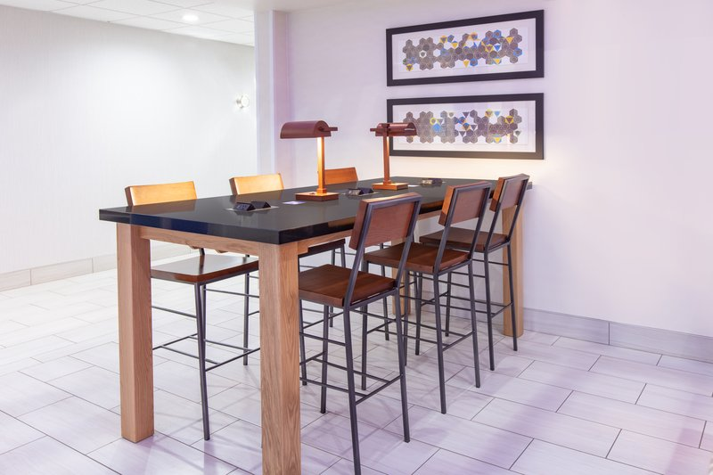 Holiday Inn Express & Suites Seaside - Convention Center-Lobby Workdesk <br/>Image from Leonardo