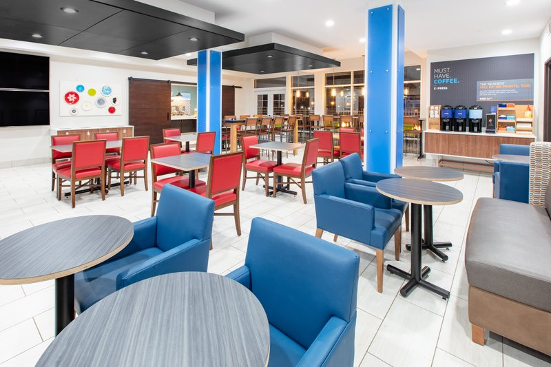 Holiday Inn Express & Suites Seaside - Convention Center-Breakfast Area <br/>Image from Leonardo