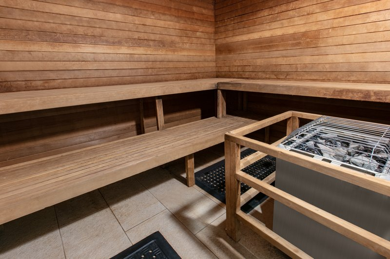 Holiday Inn Express & Suites Seaside - Convention Center-Steam Room <br/>Image from Leonardo
