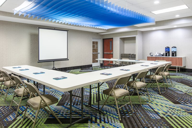 Holiday Inn Express & Suites Seaside - Convention Center-Meeting Room <br/>Image from Leonardo