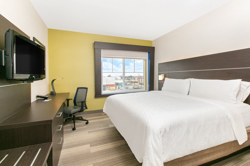 Holiday Inn Express & Suites Seaside - Convention Center-1 King Bed Executive Suite Nonsmoking <br/>Image from Leonardo