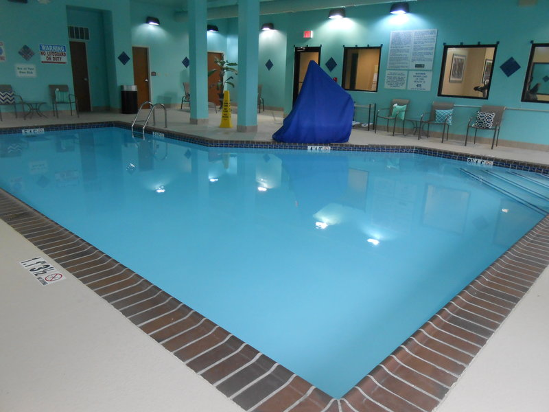 Holiday Inn Carbondale-Conference Center-Swimming Pool<br/>Image from Leonardo