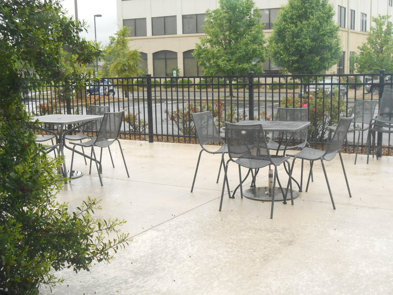 Holiday Inn Carbondale-Conference Center-Guest Patio<br/>Image from Leonardo