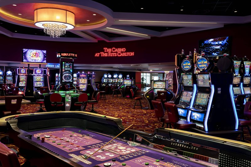 THE RITZ-CARLTON, ARUBA - Casino <br/>Image from Leonardo
