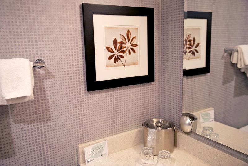 New York-New York Hotel-Bathroom Sink<br/>Image from Leonardo