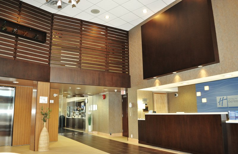 Holiday Inn Express & Suites Langley-Renovated Holiday Inn Express & Suites Langley Lobby<br/>Image from Leonardo
