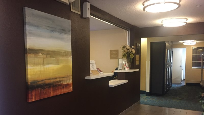 Candlewood Suites Dallas - By The Galleria-Lobby 3<br/>Image from Leonardo