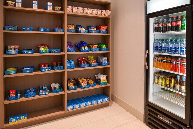 Holiday Inn Express Glenwood S-Snack / Gift Shop<br/>Image from Leonardo