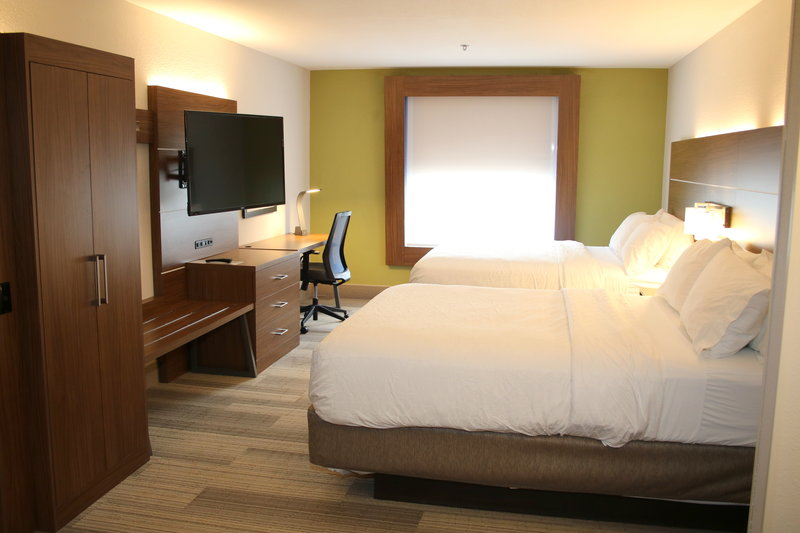 Holiday Inn Express & Suites Douglas-Guest Room<br/>Image from Leonardo