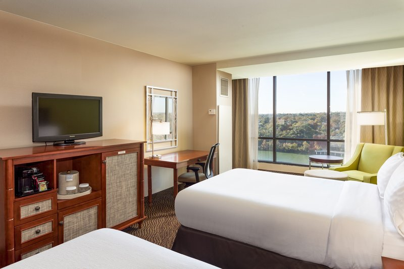 Crowne Plaza Austin - Town Lake-Our double bed guest rooms in Austin are perfect for families.<br/>Image from Leonardo
