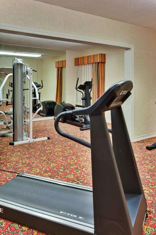 Holiday Inn Express Flint-Campus Area-Fitness Center<br/>Image from Leonardo