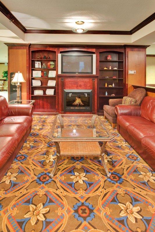 Holiday Inn Express Flint-Campus Area-Hotel Lobby<br/>Image from Leonardo