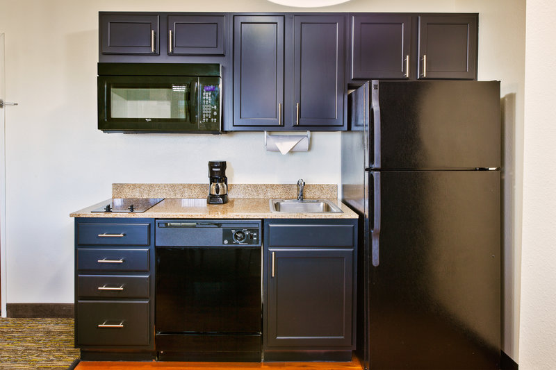 Candlewood Suites Indianapolis Airport-Kitchen<br/>Image from Leonardo