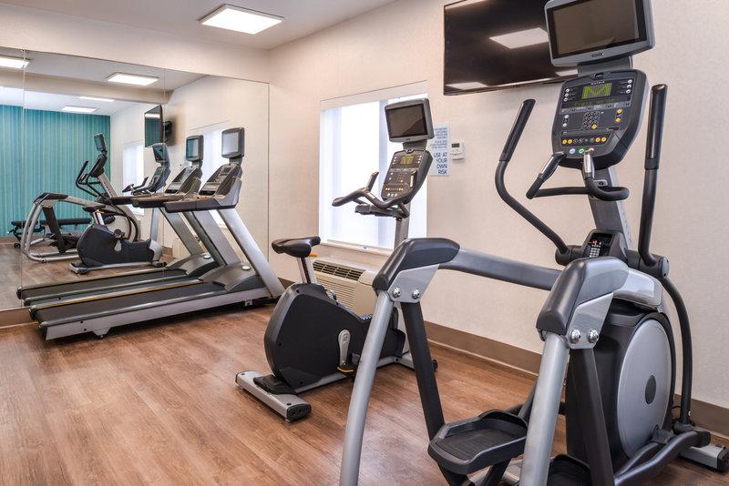 Holiday Inn Express Glenwood S-Fitness Center<br/>Image from Leonardo