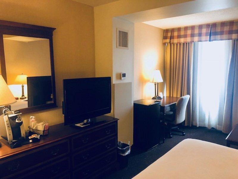 Holiday Inn Buffalo International Airport-Guest Room<br/>Image from Leonardo