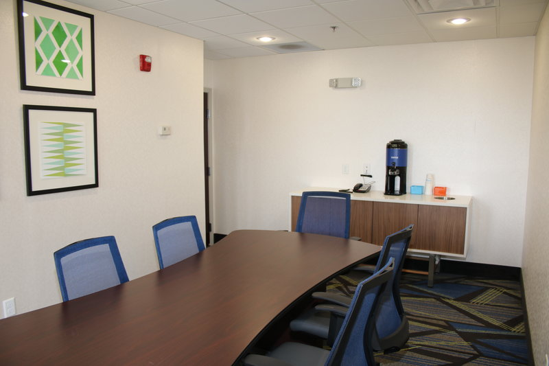 Holiday Inn Express & Suites Douglas-Meeting Room<br/>Image from Leonardo