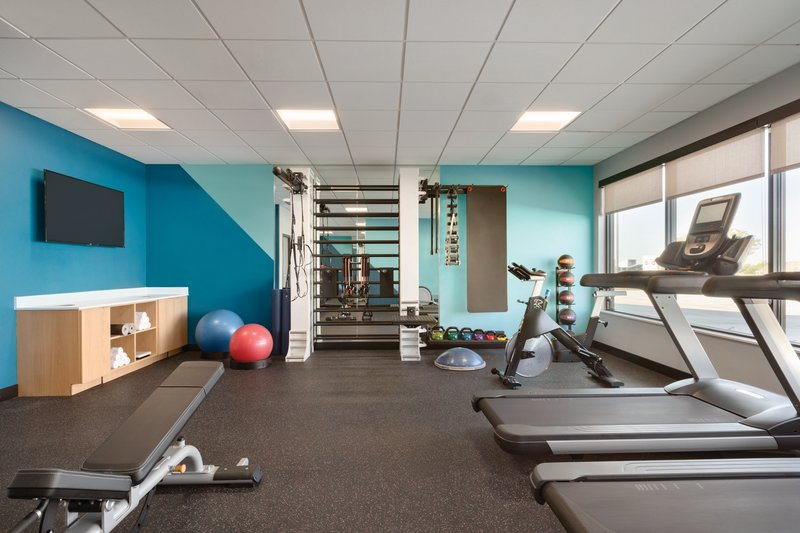 Avid Hotels Midland-Free weights and cardio options<br/>Image from Leonardo