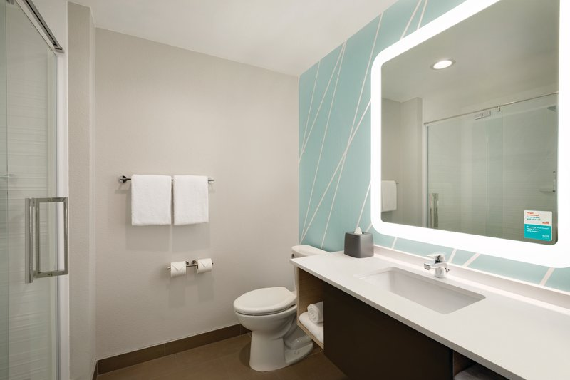 Avid Hotels Midland-Spacious Bathrooms<br/>Image from Leonardo