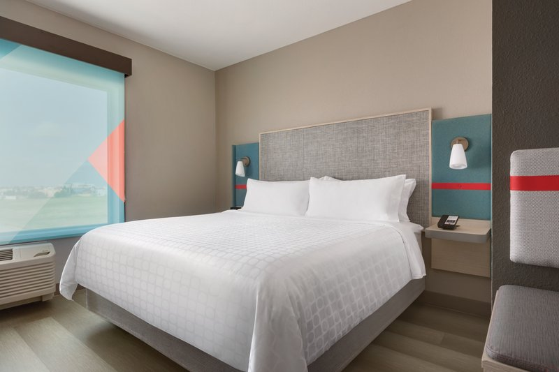 Avid Hotels Midland-King Room<br/>Image from Leonardo