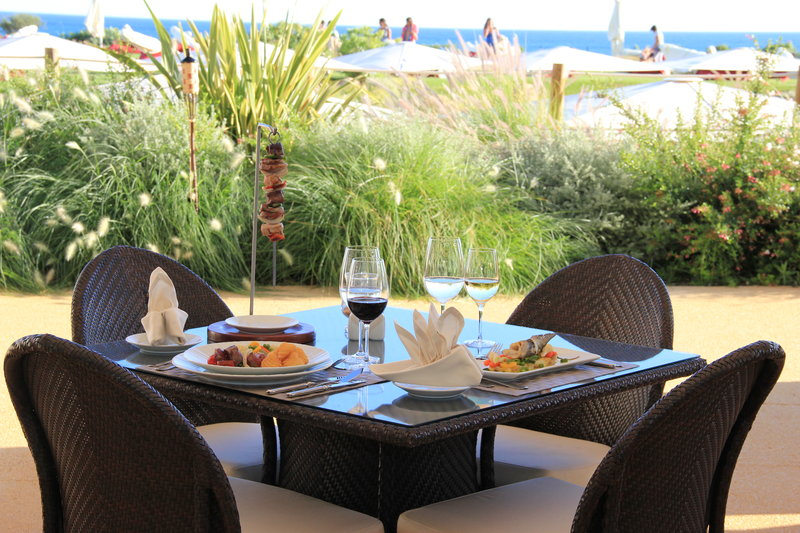 Crowne Plaza Vilamoura - Algarve-Caravela Seafront Restaurant and Grill<br/>Image from Leonardo