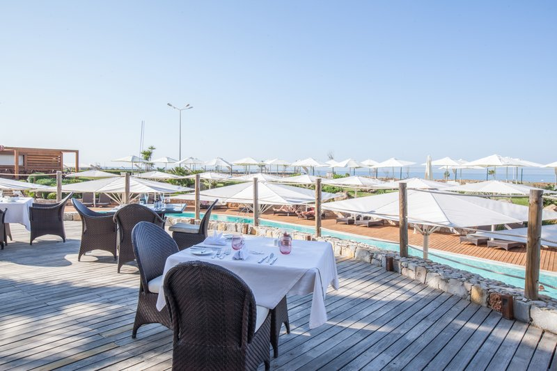 Crowne Plaza Vilamoura - Algarve-Breakfast with Ocean View<br/>Image from Leonardo