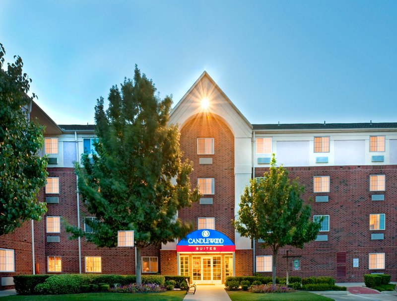 Candlewood Suites Arlington-Hotel Exterior Night Front<br/>Image from Leonardo