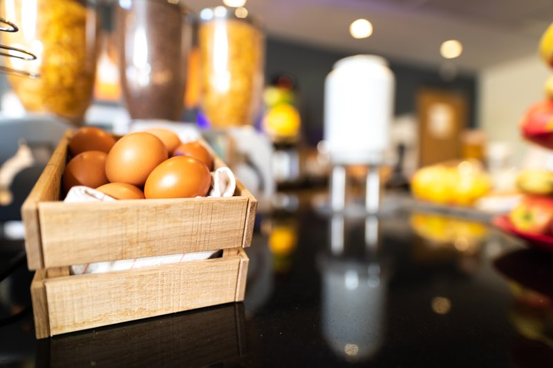 Holiday Inn Express Arras-DIY Boiled eggs<br/>Image from Leonardo