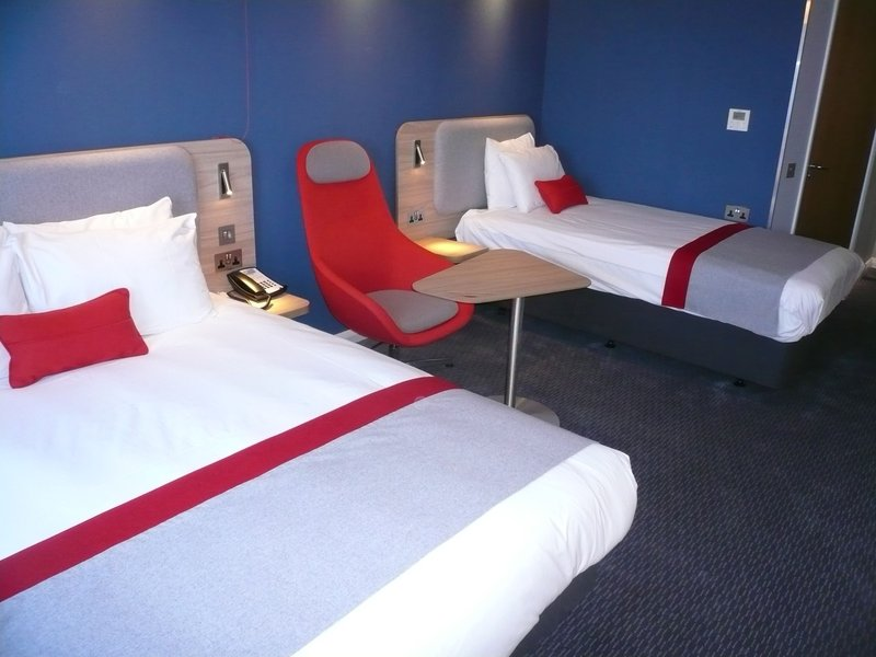Holiday Inn Express Oxford - Kassam Stadium-Wheelchair Accessible<br/>Image from Leonardo