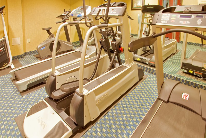 Holiday Inn Fort Worth North-Fossil Creek-Fitness Center<br/>Image from Leonardo