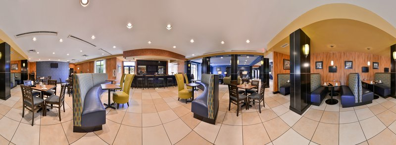 Holiday Inn Fort Worth North-Fossil Creek-Hotel Lobby<br/>Image from Leonardo