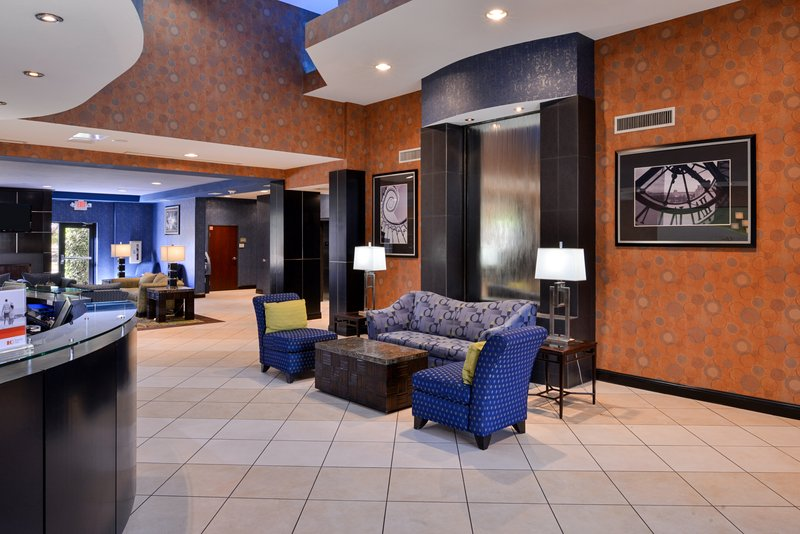 Holiday Inn Fort Worth North-Fossil Creek-Entrance<br/>Image from Leonardo