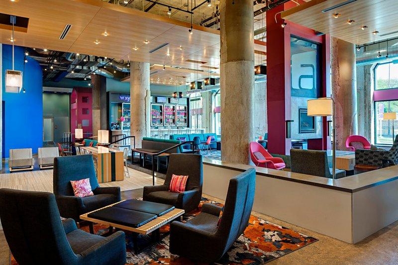Aloft Dallas Downtown-W XYZ Bar<br/>Image from Leonardo