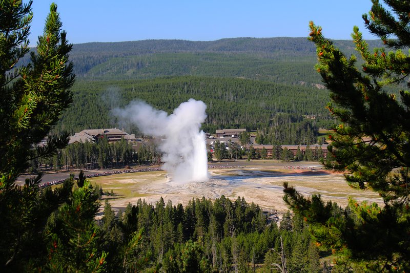 Holiday Inn West Yellowstone-Old Faithful Geyser in Yellowstone National Park<br/>Image from Leonardo