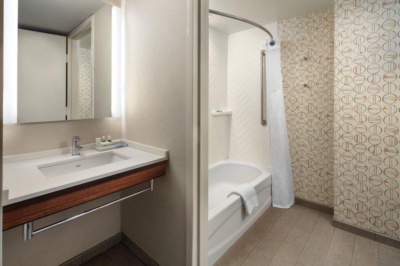 Holiday Inn Long Beach Downtown Area-Guest Bathroom<br/>Image from Leonardo