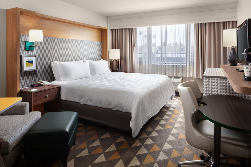 Holiday Inn Long Beach Downtown Area-Enjoy a comfortable stay in Long Beach in one of renovated rooms.<br/>Image from Leonardo
