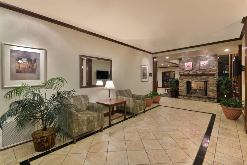 Staybridge Suites Tucson Airport-Relax comfortably in our Lobby Lounge<br/>Image from Leonardo