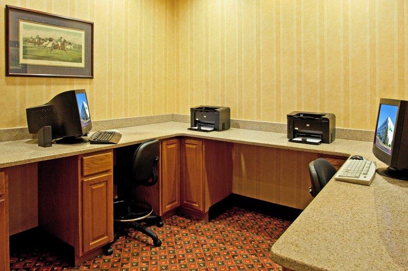 Holiday Inn Flint - Grand Blanc Area-Business Center<br/>Image from Leonardo