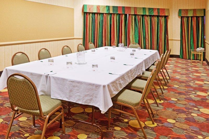 Holiday Inn Flint - Grand Blanc Area-Conference Room<br/>Image from Leonardo