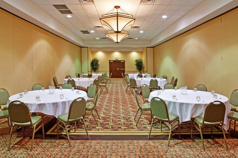 Holiday Inn Flint - Grand Blanc Area-Meeting Room<br/>Image from Leonardo