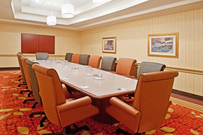 Holiday Inn Flint - Grand Blanc Area-Boardroom<br/>Image from Leonardo