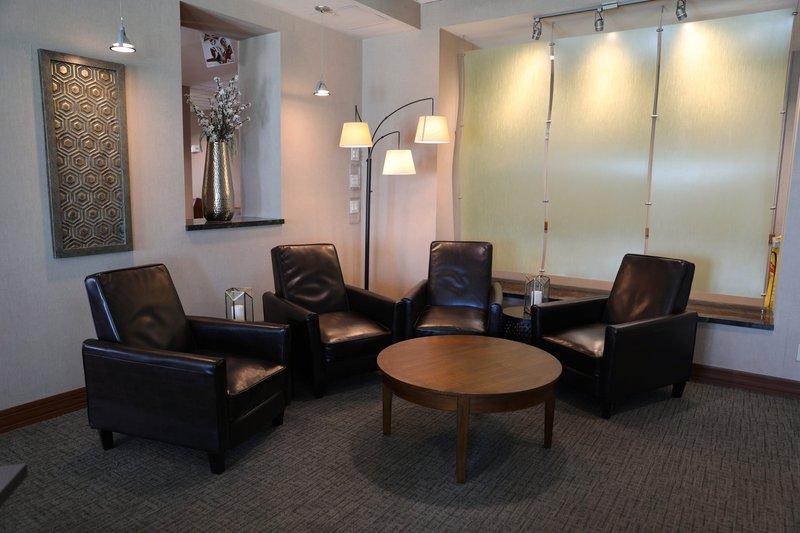 Holiday Inn Express Phoenix-I-10 West/Goodyear-Restaurant<br/>Image from Leonardo