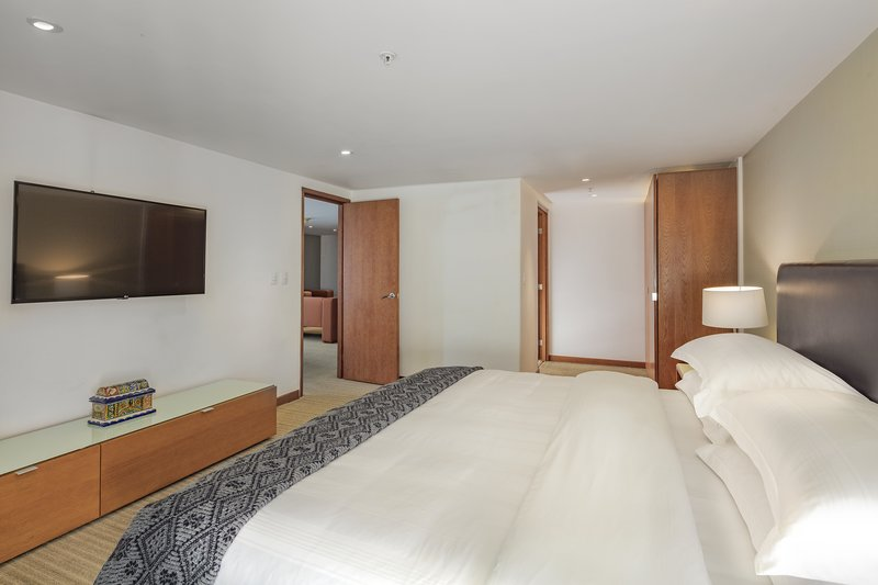Holiday Inn Express Puebla-Guest Room<br/>Image from Leonardo