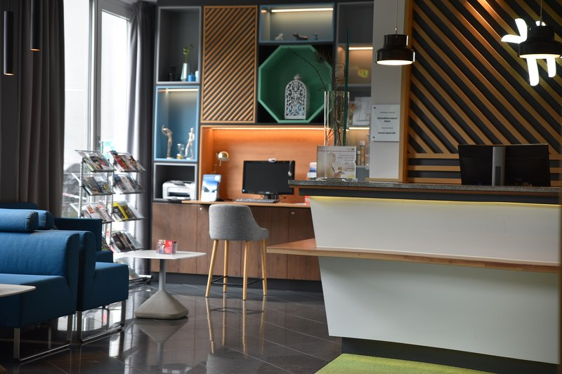 Holiday Inn Salzburg City-Business Corner with Computer and Printer for free<br/>Image from Leonardo
