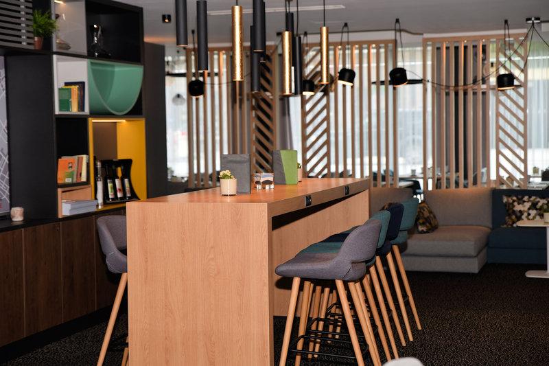 Holiday Inn Salzburg City-Open Lobby -Dine and Relax<br/>Image from Leonardo